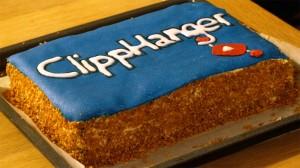 Clipphangertaart met blauwe marsepein