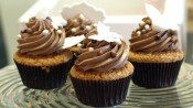 Cupcakes met hazelnoottopping