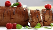 Chocoladerol met frambozen